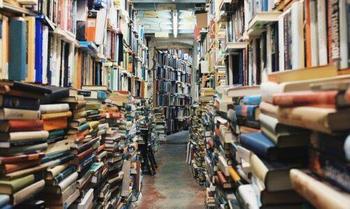 Skup książek – czy ma sens w dobie ebooków?