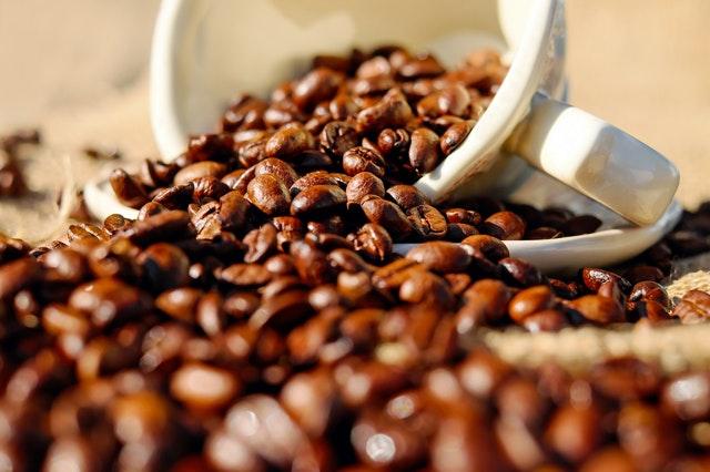 Hurtownie kawy online - czy warto w nich zamawiać?